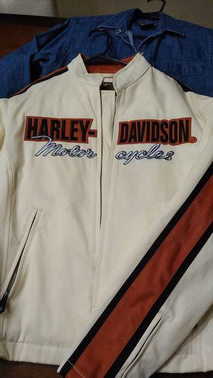 Women's brand new harley davidson jacket large for Sale in Melbourne, FL
