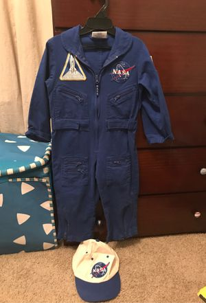 Astronaut Costume (Size 2-3) for Sale in Fort Worth, TX