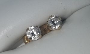 Diamond Stud Earrings for Sale in Buda, TX