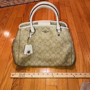 Coach handbag for Sale in Meriden, CT
