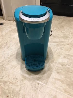 Keurig coffee maker for Sale in Des Moines, IA