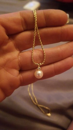 Pearl necklace for Sale in Denver, CO