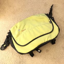 Messenger Bag for Sale in Pinole,  CA