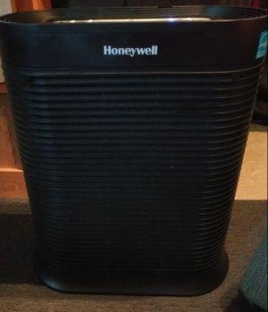 Honeywell Air Purifier for Sale in Anaheim, CA