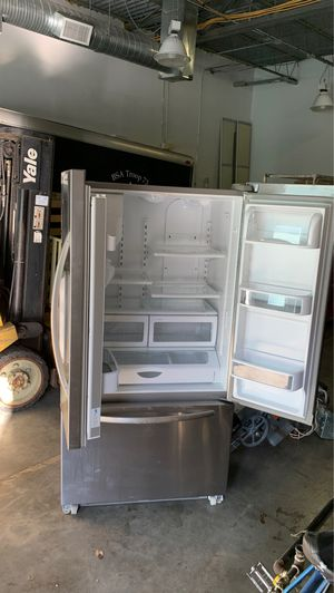 Kitchenaid Refrigerator for Sale in UPPER ARLNGTN, OH