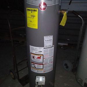 Water Heater Good Condition for Sale in San Bernardino, CA