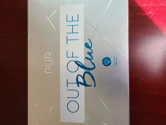 Pur Cosmetics Out Of The Blue Eyeshadow Palette for Sale in Bonney Lake,  WA