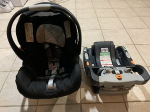 Infant car seat for Sale in Burbank, IL