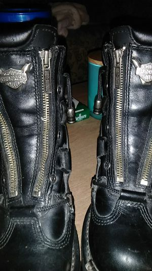 Harley-Davidson riding boots girls size 6 and 1/2 for Sale in Galena, KS