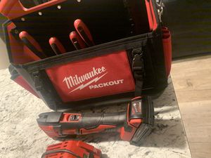 Milwaukee hammer drill with battery and charger. & Milwaukee oscillating tool with battery and bag. for Sale in Hopkinsville, KY
