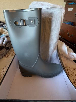 Rain boots 👢 size 6 for Sale in Citrus Heights, CA
