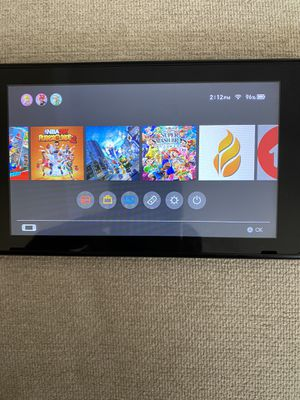 Nintendo switch + 2 joystick + 10 games for Sale in Charlotte, NC