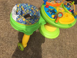 Baby walker around the activity play $50 for Sale in Mesquite, TX