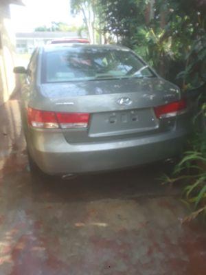 Hyundai Sonata for parts only for Sale in Miami, FL