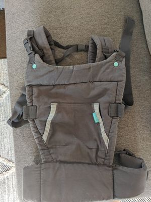 Infantino Baby carrier for Sale in Mesa, AZ