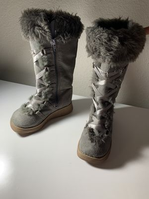 Super cute fashion boots for toddler girls size 11 for Sale in Corpus Christi, TX