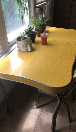Antique table for Sale in Detroit, MI