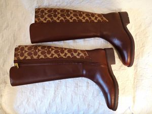 coach long boots new size 6 for Sale in Newark, NJ