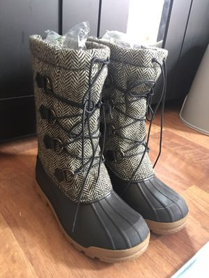 Ralph Lauren snow boots for Sale in MIDDLE CITY WEST, PA