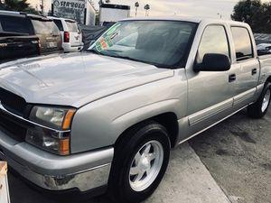 2006 Chevy Silverado LT Crew Cab w/ 144k miles for Sale in Whittier, CA
