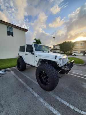 "Jeep wrangler 2012 ""Óscar mike"" edition for Sale in Miami, FL"