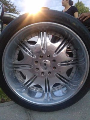 "Dub Big Lip 25"" Chrome Wheels Rims and Tires Possible Trade for Sale in St. Petersburg, FL"