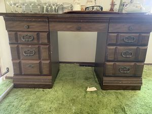 Desk for Sale in Peoria, IL
