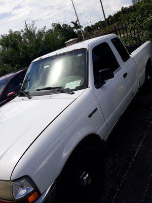 Ford ranger año 2000 for Sale in Miami, FL