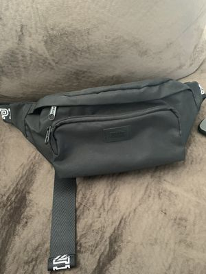 PINK waist bag for Sale in Los Angeles, CA