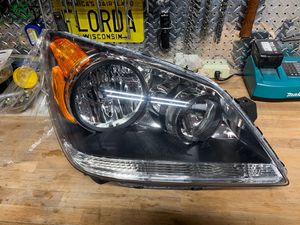 2008 - 2010 OEM, Original, Honda Odyssey Right Side Headlamp for Sale in Fort Lauderdale, FL