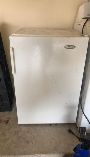 Woods deep freezer. Works like a charm. No space anymore for Sale in Carrollton, TX