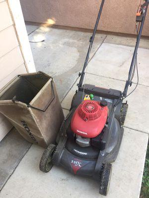 Honda lawn mower for Sale in Fontana, CA