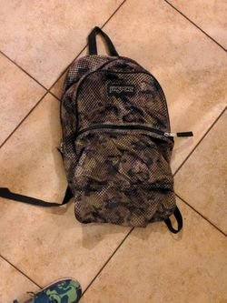 Jansport Camo Backpack for Sale in Chula Vista,  CA