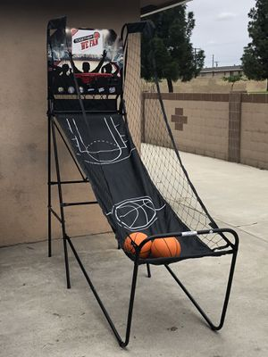 Basketball hoop indoor/outdoor for Sale in Buena Park, CA