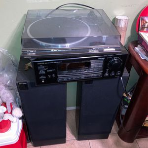 Technics Turntable Speakers Onkyo Receiver for Sale in San Diego, CA
