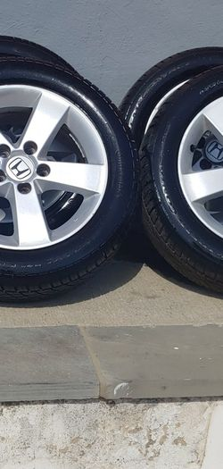 Continental Radial 205/55/ZR 16 Rims & Tires Like New Just Few Milles it No Scratched for Sale in Silver Spring,  MD