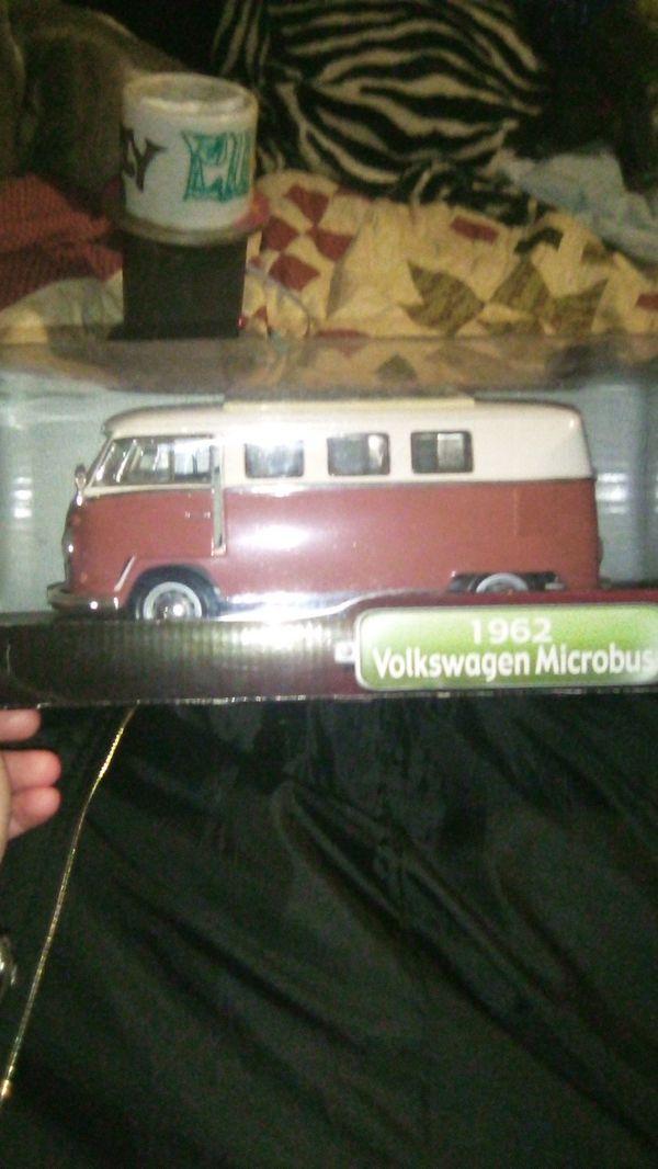 Die cast metal 162 Volkswagen microbus