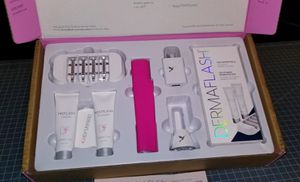"DERMAFLASH 2.0 Luxe Anti Aging Kit ""NEW IN BOX"" for Sale in Midland, TX"