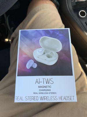 Wireless headset for Sale in Overland Park, KS