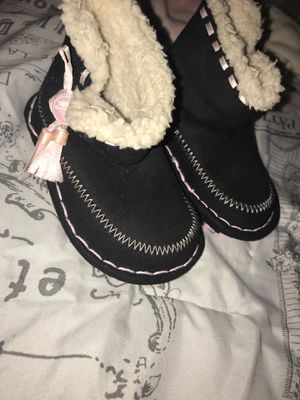 Baby girl boots for Sale in Fontana, CA