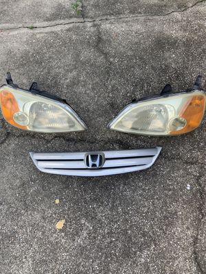 Honda Civic 03 stock headlights & grill for Sale in Kissimmee, FL