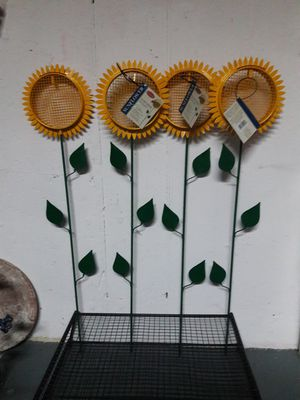 Sunflower stake feeder for Sale in Round Lake Heights, IL