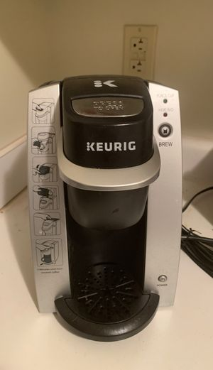Keurig Coffee Maker in Wonderful Condition Selling For Cheap! for Sale in Pittsburgh, PA