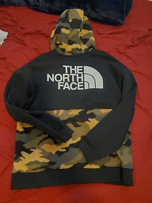 North face jacket for Sale in Covina, CA