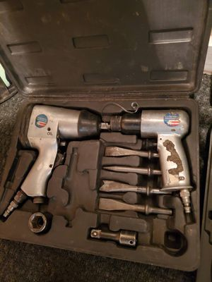Air drill and chisel for Sale in Kansas City, MO
