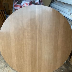 Small To Medium Kitchen Table for Sale in Clayton, NC
