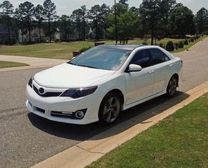 2012 Camry SE Price 12OO$ for Sale in Windermere, FL