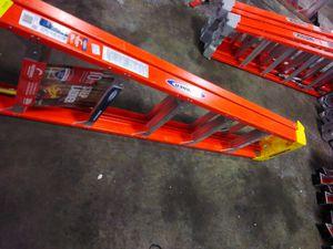 10ft Fiberglass Step Ladder for Sale in Atlanta, GA
