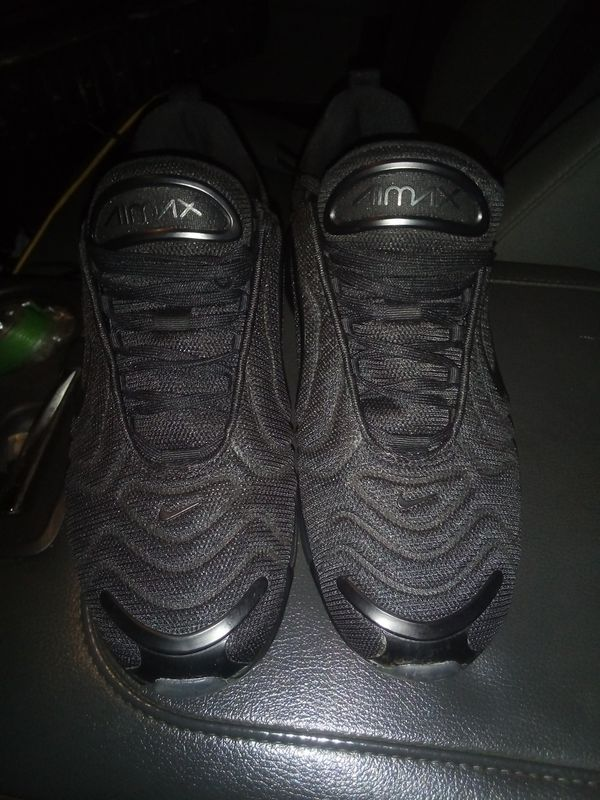 Nike Air Max 720's size 10