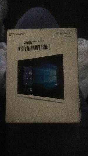 Windows ten home program USB new in box for Sale in Las Vegas, NV